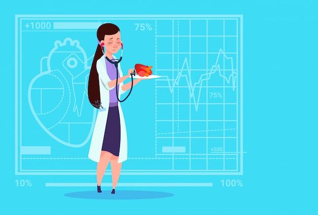 Doctora cardióloga examinar corazón con estetoscopio clínica médica trabajadora hospital Vector Premium