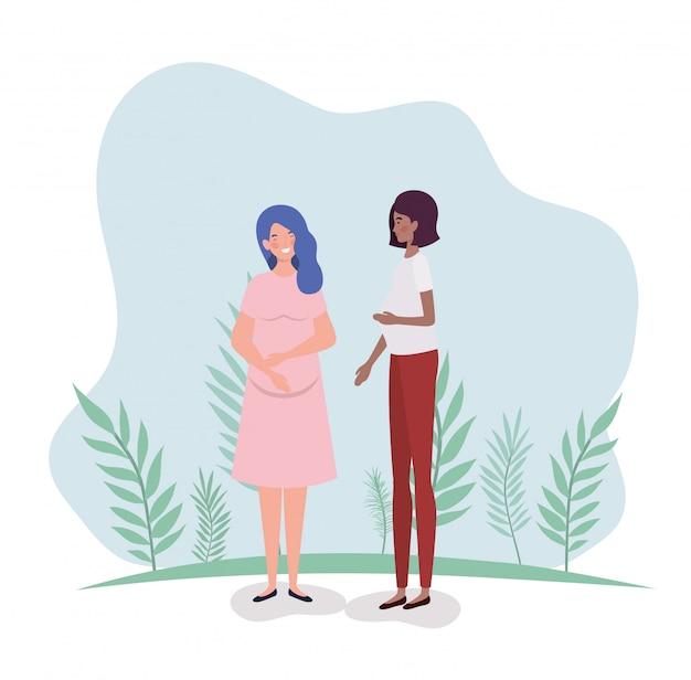 Embarazo lindo de mujeres interraciales en el paisaje. vector gratuito