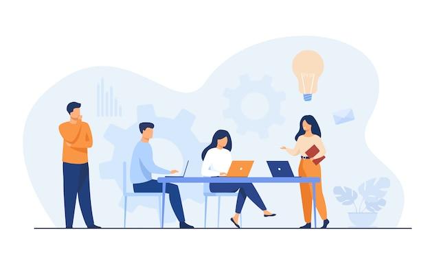 Empleados de la empresa que planifican tareas y lluvia de ideas vector gratuito