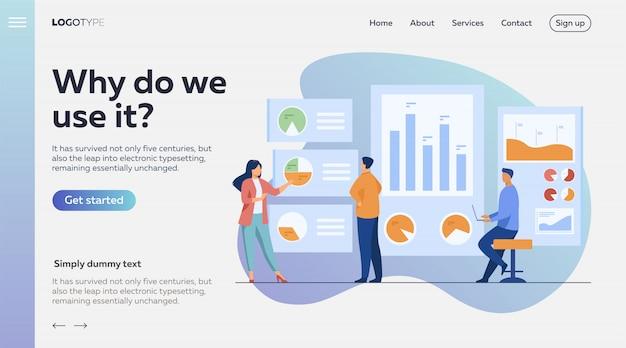 Empleados de oficina analizando e investigando datos comerciales vector gratuito
