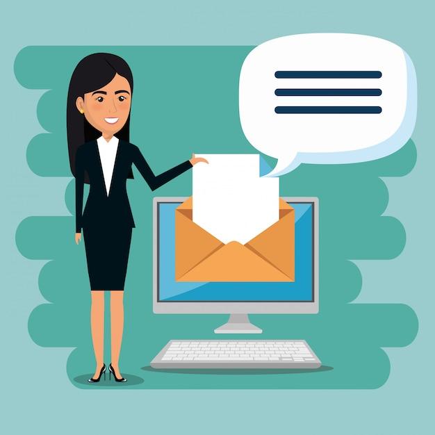Empresaria con iconos de marketing por correo electrónico vector gratuito