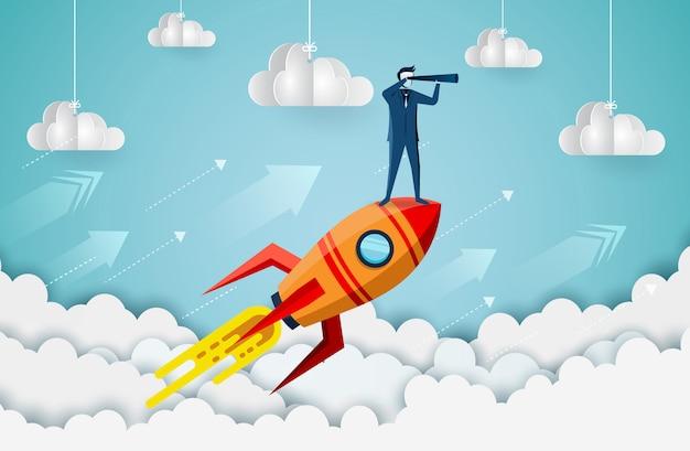Empresarios de pie sosteniendo binoculares en un transbordador espacial hasta el cielo mientras vuelan por encima de una nube. Vector Premium