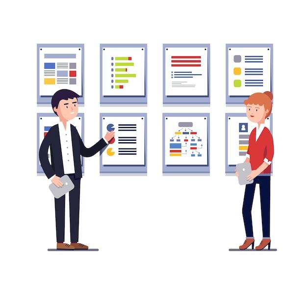 El Proyecto >> Empresarios Que Muestran El Proyecto De Negocio De Inicio