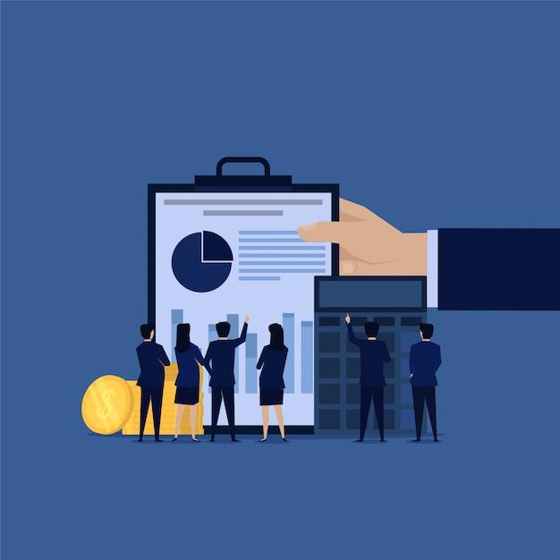 Equipo de negocios de auditoría de bienes para informe financiero. Vector Premium
