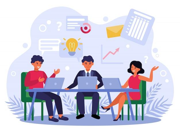Equipo de negocios intercambiando ideas y discutiendo el proyecto de inicio vector gratuito