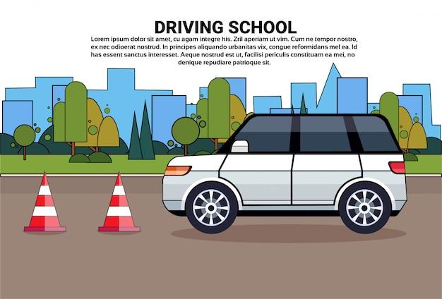 Escuela de manejo, coche en la carretera, concepto de examen de práctica de educación en automóvil. Vector Premium
