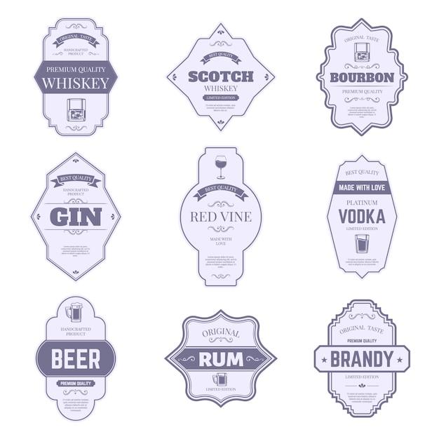 Etiquetas de botellas de alcohol. pegatinas tradicionales de alcohol, emblema de botella de gourbon y ginebra vintage, conjunto de símbolos de etiquetas de envases de bebidas de bar. vino, whisky y cerveza, whisky y brandy, insignia de vodka Vector Premium