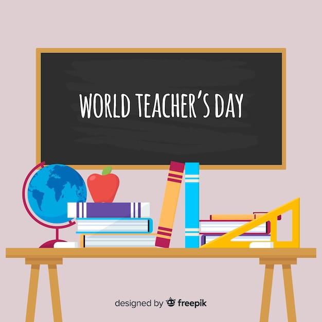Fondo de día del maestro con pizarra y escritorio en diseño plano vector gratuito