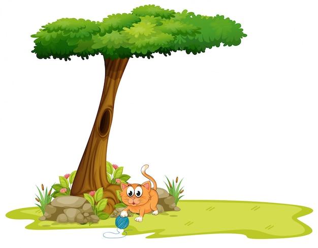 Un gato naranja jugando bajo el árbol vector gratuito
