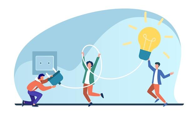 Gente diminuta que enciende la bombilla en el casquillo. idea, lámpara, electricidad ilustración vectorial plana. lluvia de ideas y creatividad vector gratuito