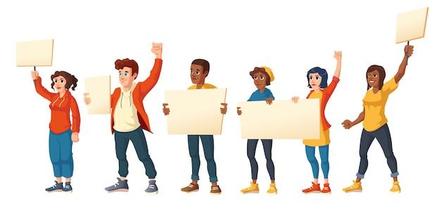 La gente hace huelga, hombres y mujeres enojados con pancartas protestan en la manifestación. personajes con pancartas en blanco luchan por sus derechos, ciudadanos protestando, disturbios, ilustración vectorial de dibujos animados vector gratuito