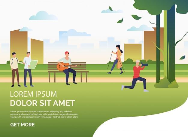 Gente haciendo deporte y relajándose en el parque de la ciudad, texto de muestra. vector gratuito