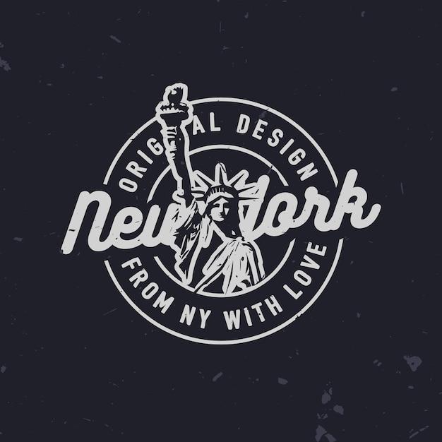 Impresión de camiseta de moda relacionada con nueva york con la estatua de la libertad. insignia de moda vintage de nueva york. Vector Premium