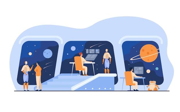 Interior de la estación espacial futurista con tripulación humana y robótica. personas y robots monitoreando la galaxia. para el puente de la nave espacial interestelar, ciencia ficción, concepto de viaje intergaláctico vector gratuito