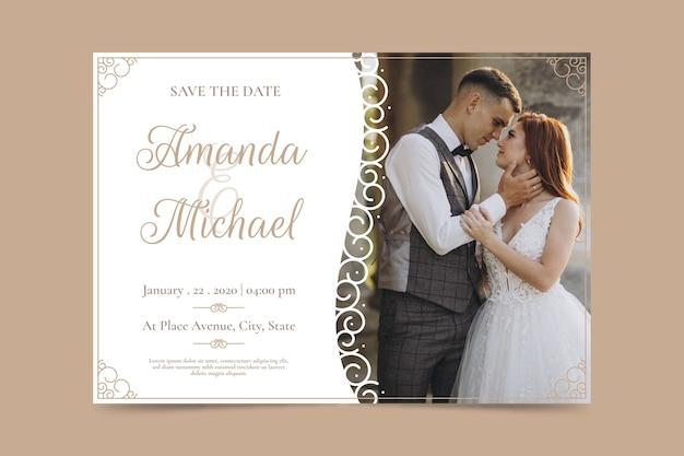Invitación de boda de plantilla con foto vector gratuito