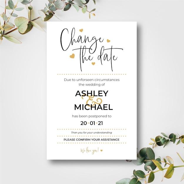 Invitación de boda tipográfica pospuesta vector gratuito