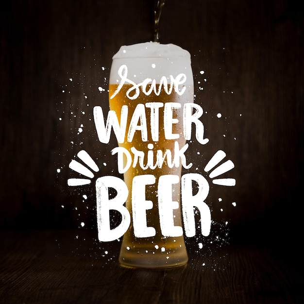 Letras del día internacional de la cerveza con foto vector gratuito