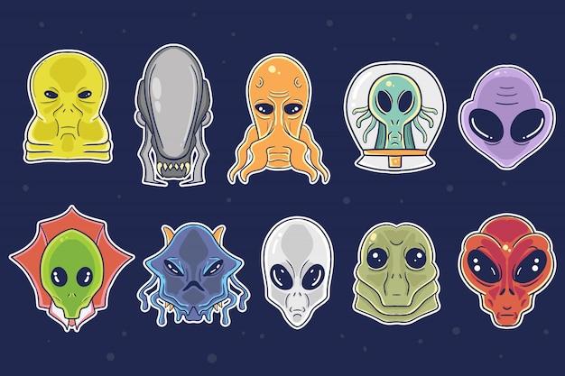 Lindo conjunto de colección de ilustración de dibujos animados alienígenas dibujados a mano Vector Premium