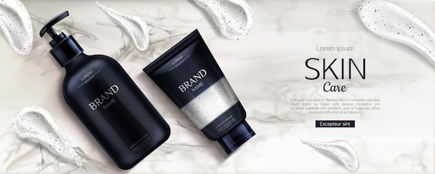 Línea de productos de belleza con pinceladas de crema en mármol vector gratuito