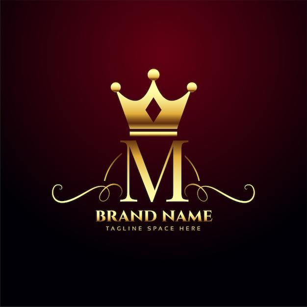 Logo de monograma de letra m con corona de oro vector gratuito