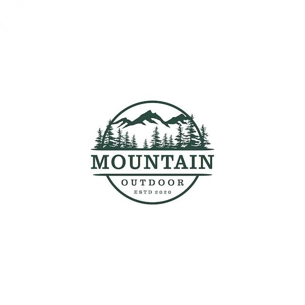 Logotipo de naturaleza de montaña al aire libre, bosque de pinos de vida silvestre de aventura Vector Premium