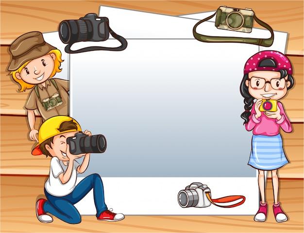 Marco con niños aventureros. vector gratuito