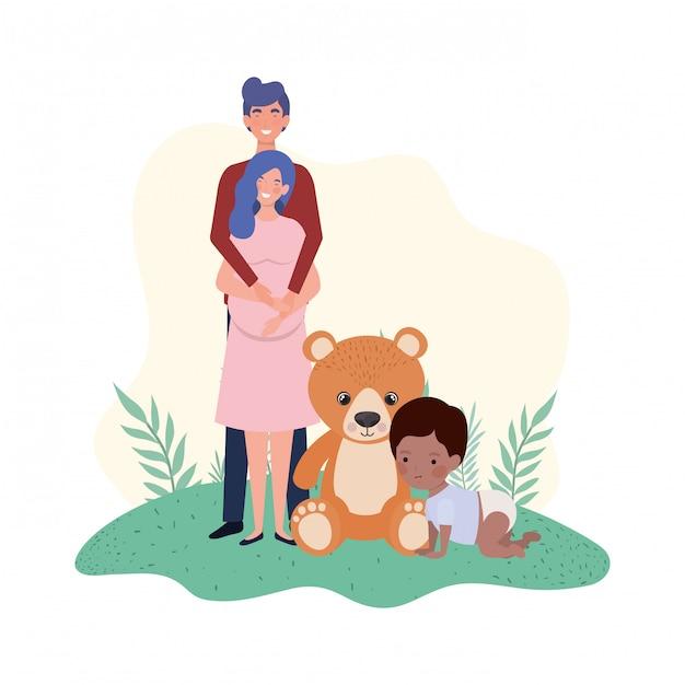 Mujer embarazada con esposo y bebé Vector Premium
