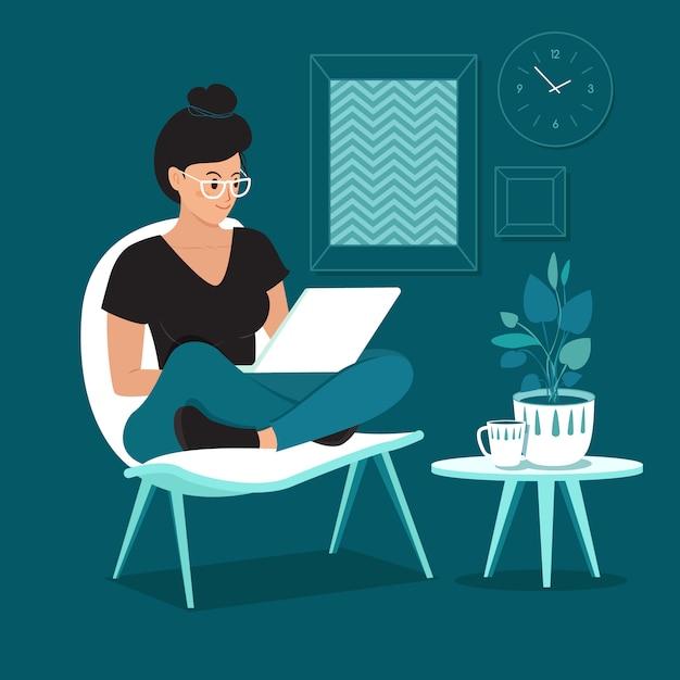 Una mujer independiente que trabaja en casa Vector Premium