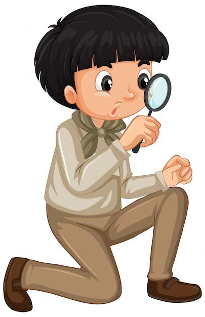 Niño en uniforme de explorador con lupa aislado vector gratuito