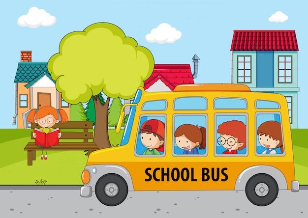 Niños en el autobús escolar. Vector Premium