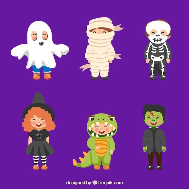 Niños disfrazados de varios personajes de halloween Vector Premium