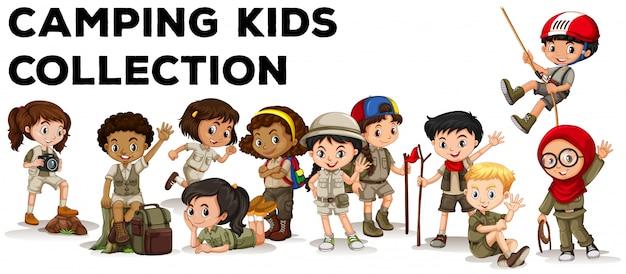 Niños en traje de campamento vector gratuito