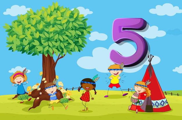 Número de tarjeta dflashcard con cinco niños en el parque vector gratuito