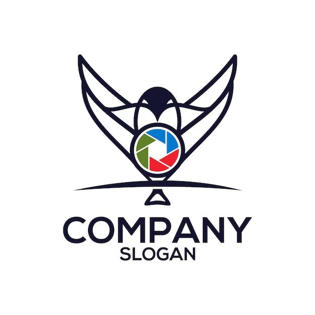 Pájaro con un logo de camara Vector Premium