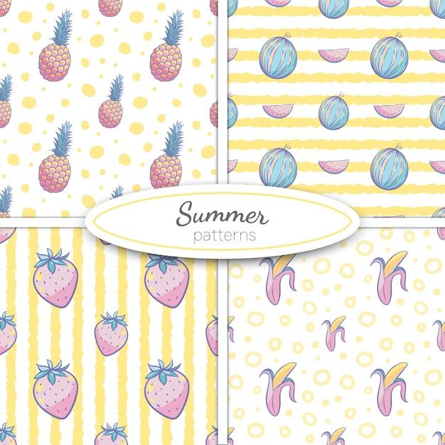 Patrones sin fisuras de verano con piña, sandía, plátano, fresas en colores pastel sobre fondo de rayas amarillas y puntos. ilustración Vector Premium