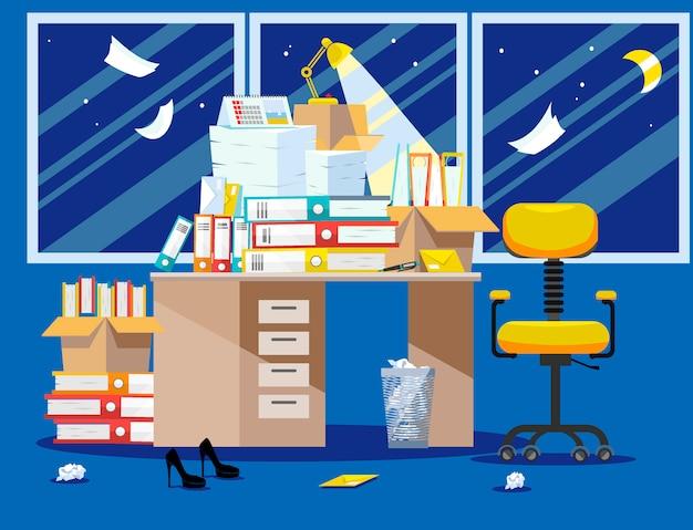 Período nocturno de presentación de informes contables y financieros. pila de documentos en papel y carpetas de archivos en cajas de cartón en la mesa de la oficina. ilustración de vector plano ventanas, silla y cesto de basura Vector Premium