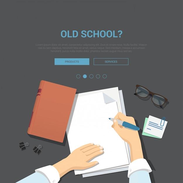 Plantilla de banner de concepto de lugar de trabajo de la vieja escuela. escribiendo las manos con la pluma sobre el ejemplo vacío del vector de la opinión superior de la hoja de papel. vector gratuito