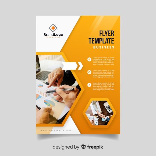 Plantilla de flyer de negocios con foto vector gratuito