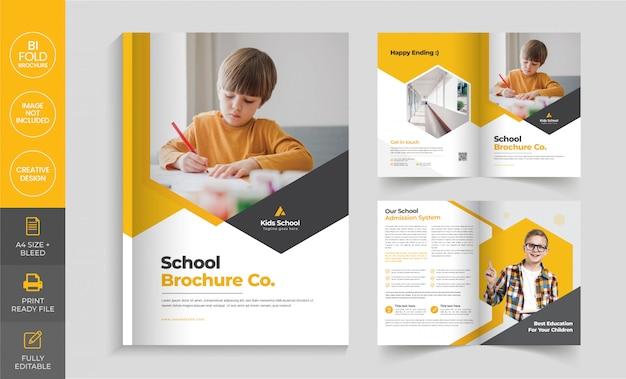 Plantilla de folleto doble de admisión a la escuela Vector Premium