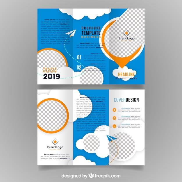 Plantilla de folleto tríptico de viajes vector gratuito