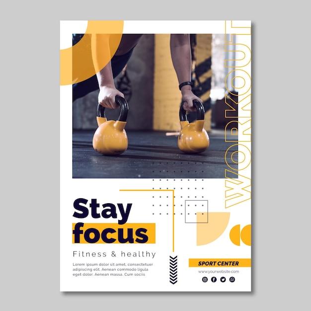 Plantilla de póster de centro deportivo con foto vector gratuito
