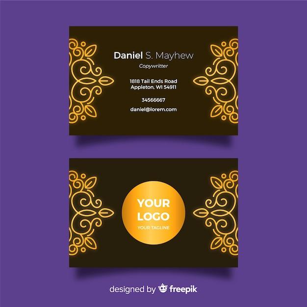 Plantilla de tarjeta de visita ornamental dorada de diseño plano vector gratuito