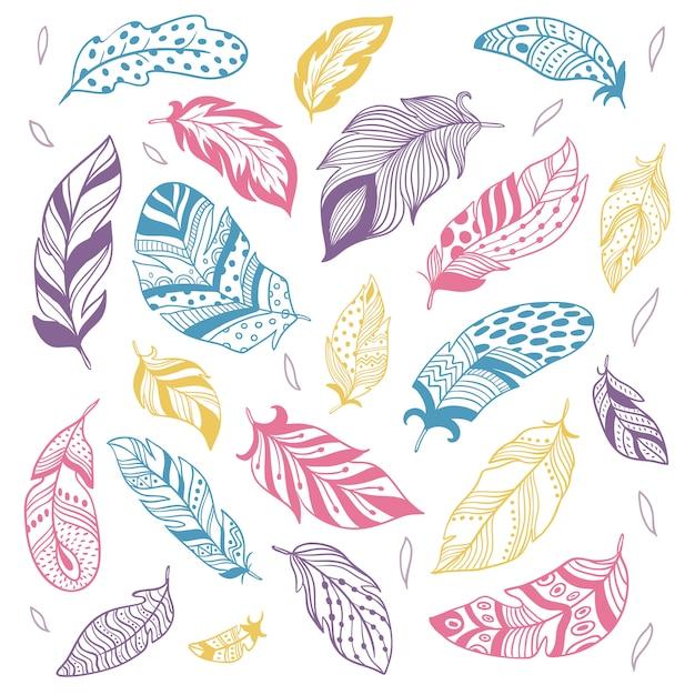 Plumas tribales. silueta étnica de plumas, plumas de aves y conjunto aislado de pluma dibujada a mano Vector Premium