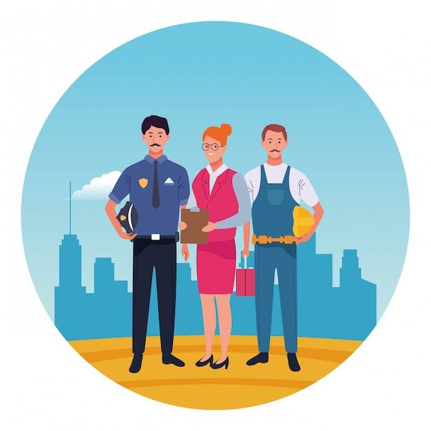 Profesionales trabajadores caracteres sonrientes caricaturas icono redondo Vector Premium