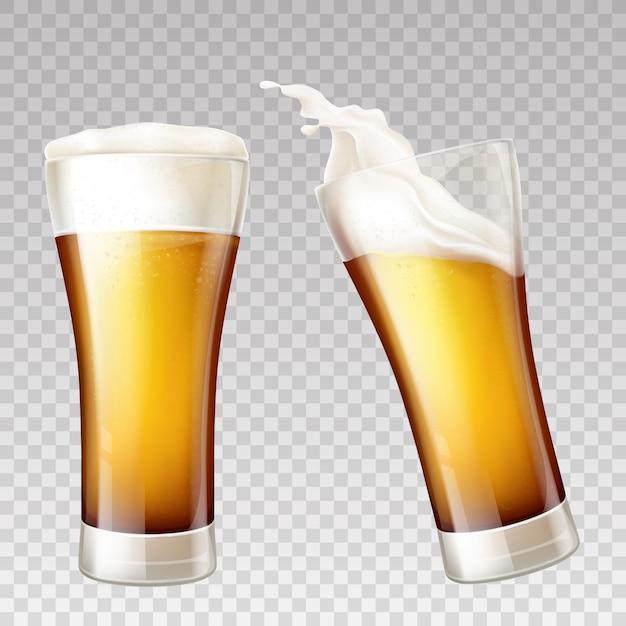 Salpicaduras de cerveza realistas en vidrio transparente. vector gratuito