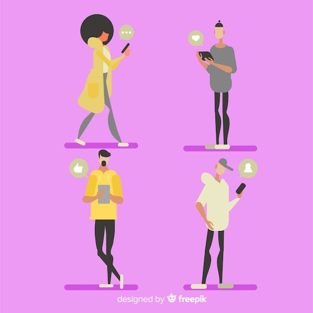 Set gente joven dibujada a mano usando el smartphone vector gratuito