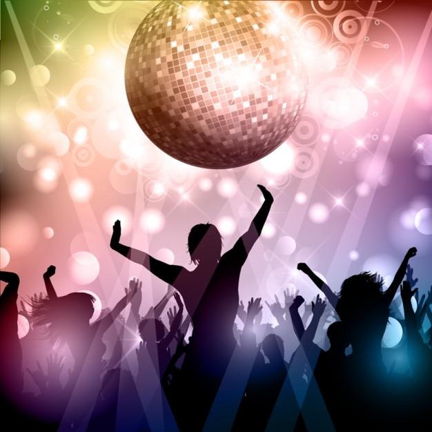 Siluetas de multitud de fiesta con bola de discoteca - Bola de discoteca de colores ...