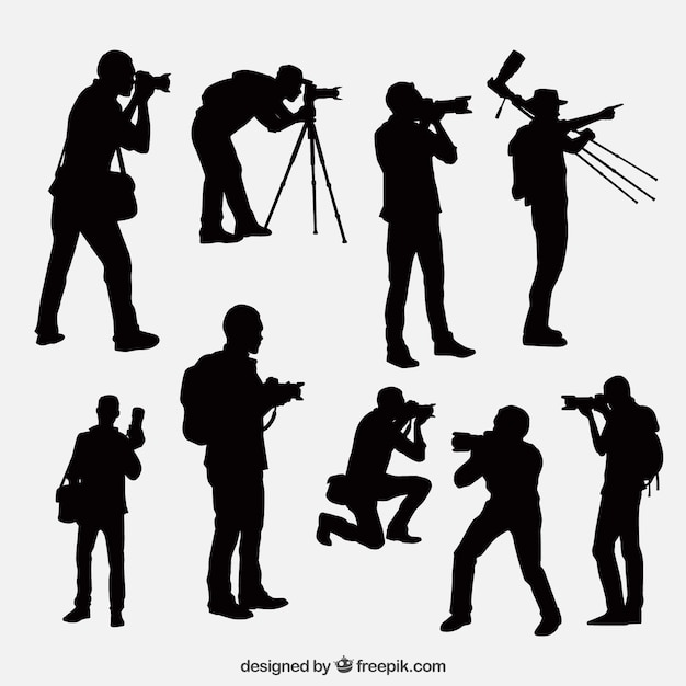 Siluetas de fotógrafo en diferentes posiciones vector gratuito