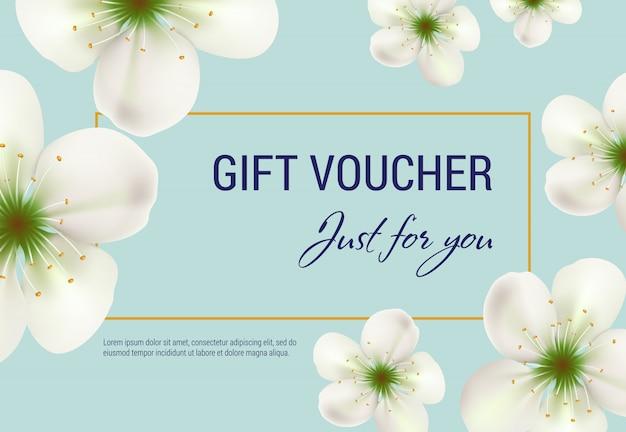 Solo para usted, vale de regalo con flores blancas y marco sobre fondo azul claro. vector gratuito