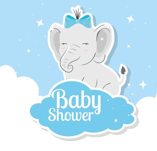 Tarjeta de baby shower con elefante y nubes Vector Premium